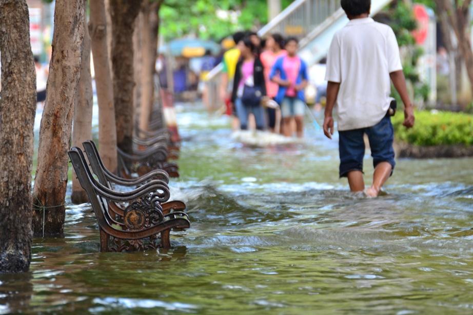 Bangkok flood 2011